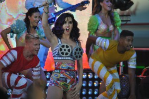 Katy Perry Free Concert in Hollywood Tattoo